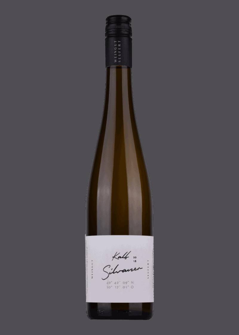 Weinflasche Silvaner Kalb von Laura Seufert