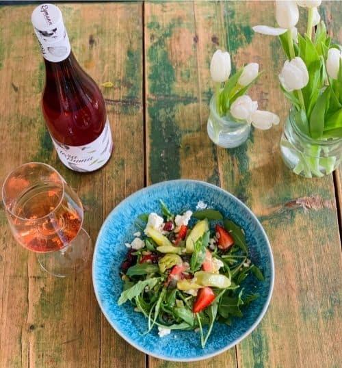 Wein zum Essen Spargelsalat und Rosé